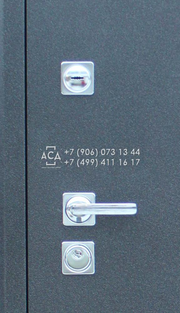 Распродажа металлических дверей в Москве